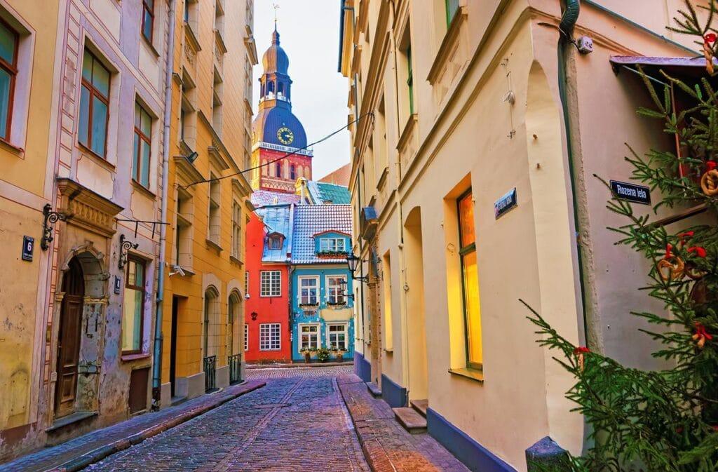 Studierejser til Riga - gade mellem huse