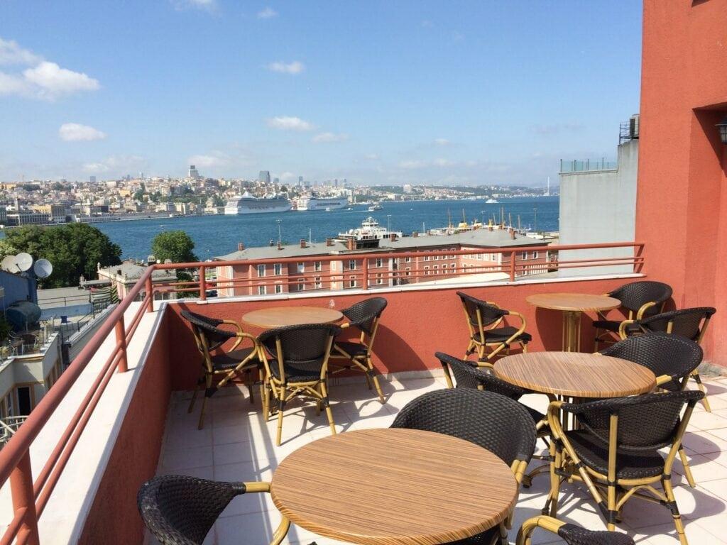 Hotel Akcinar - Istanbul - studietur - AlfA Travel - tagterasse