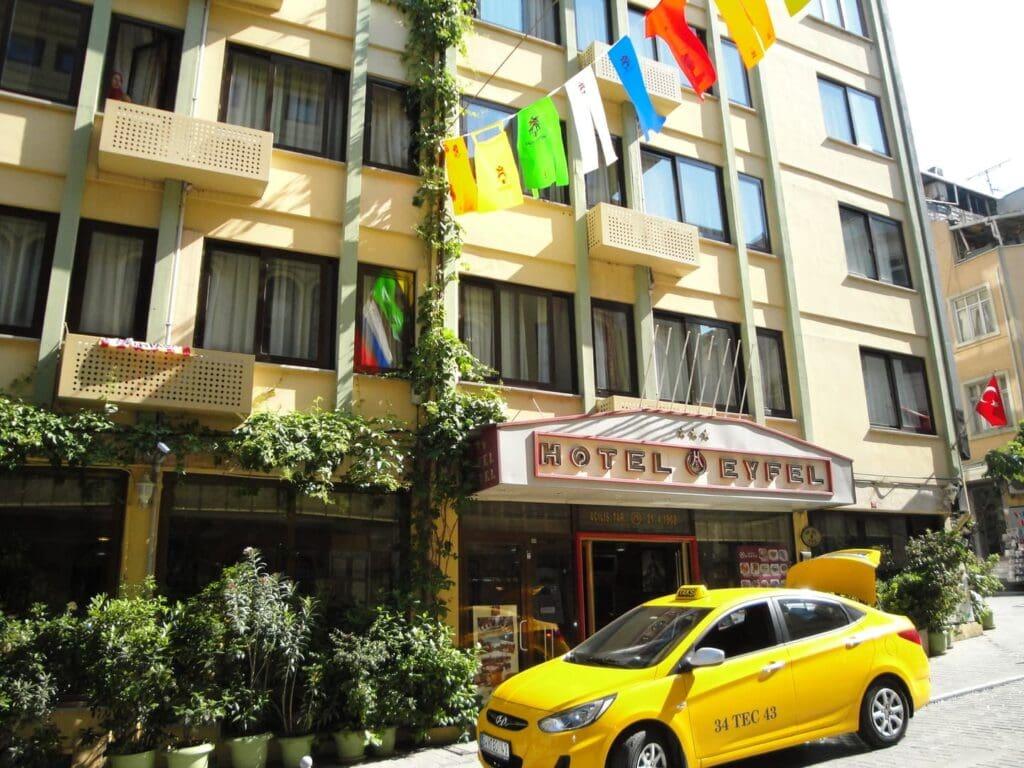 Hotel - Eyfel - Istanbul - studietur - AlfA Travel - facade