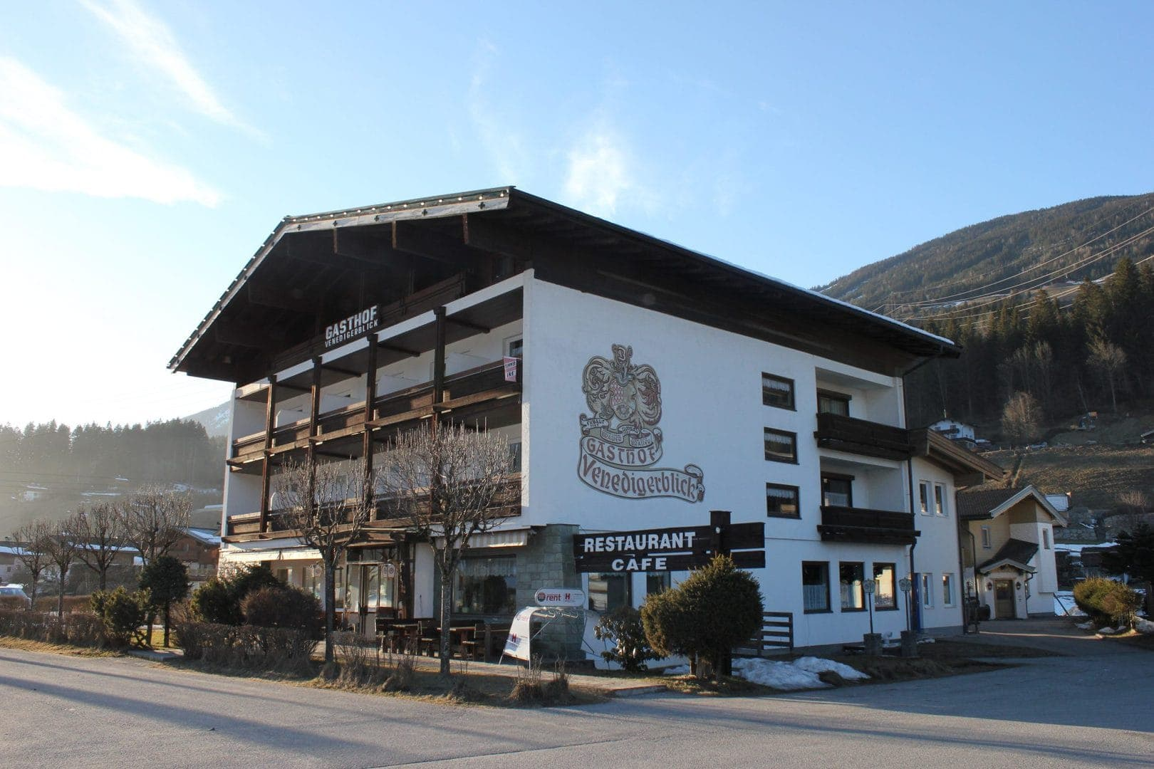 Gasthof venedigerblick neukirchen facade skitur alfa travel