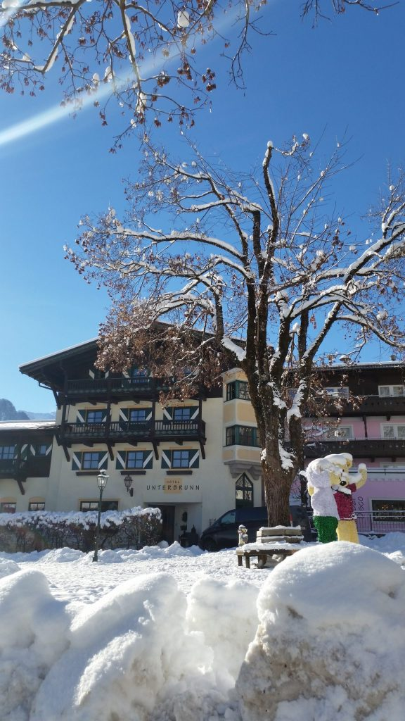 Hotel unterbrunn neukirchen facade skitur alfa travel