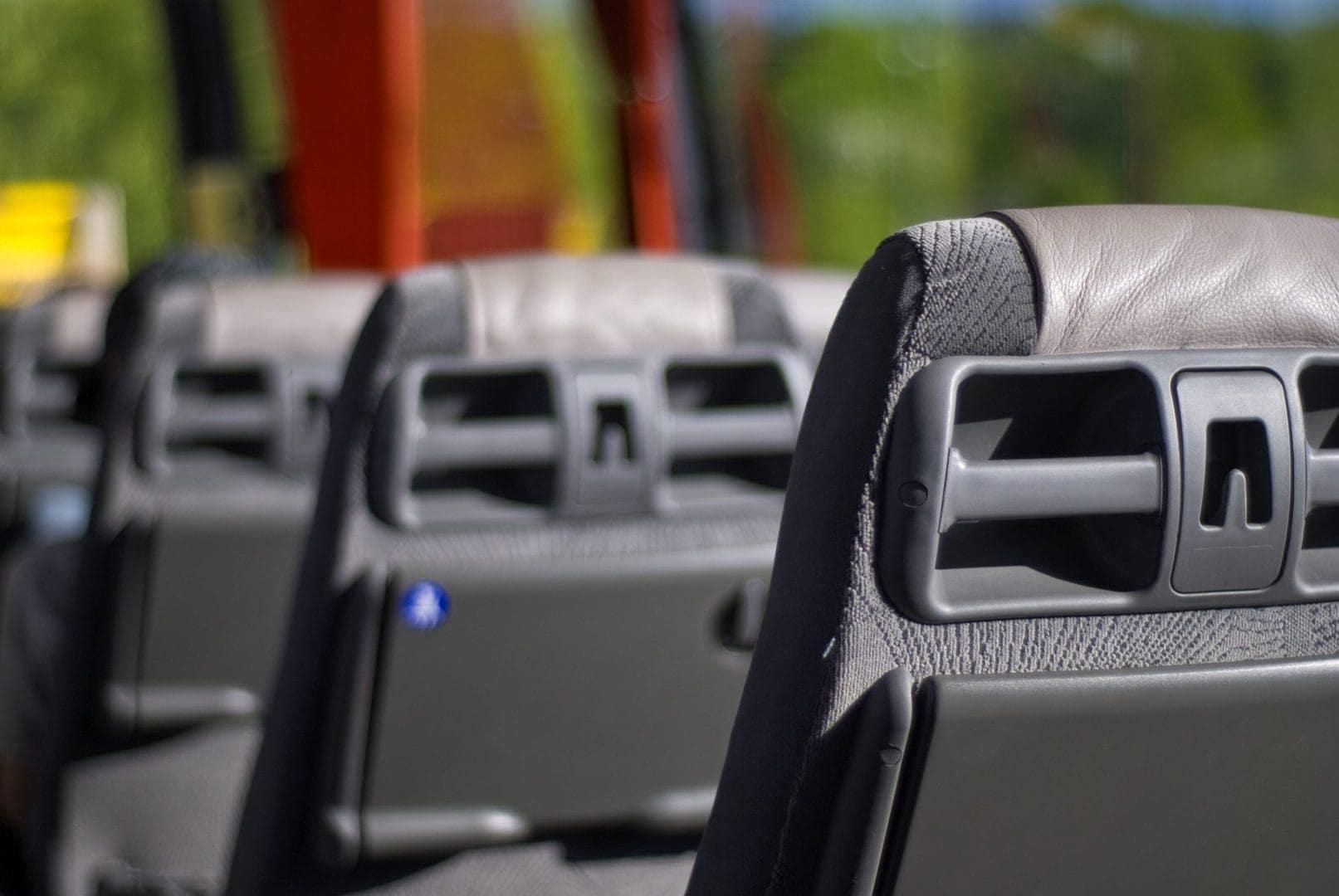 Rejs trygt med bussen i coronatid