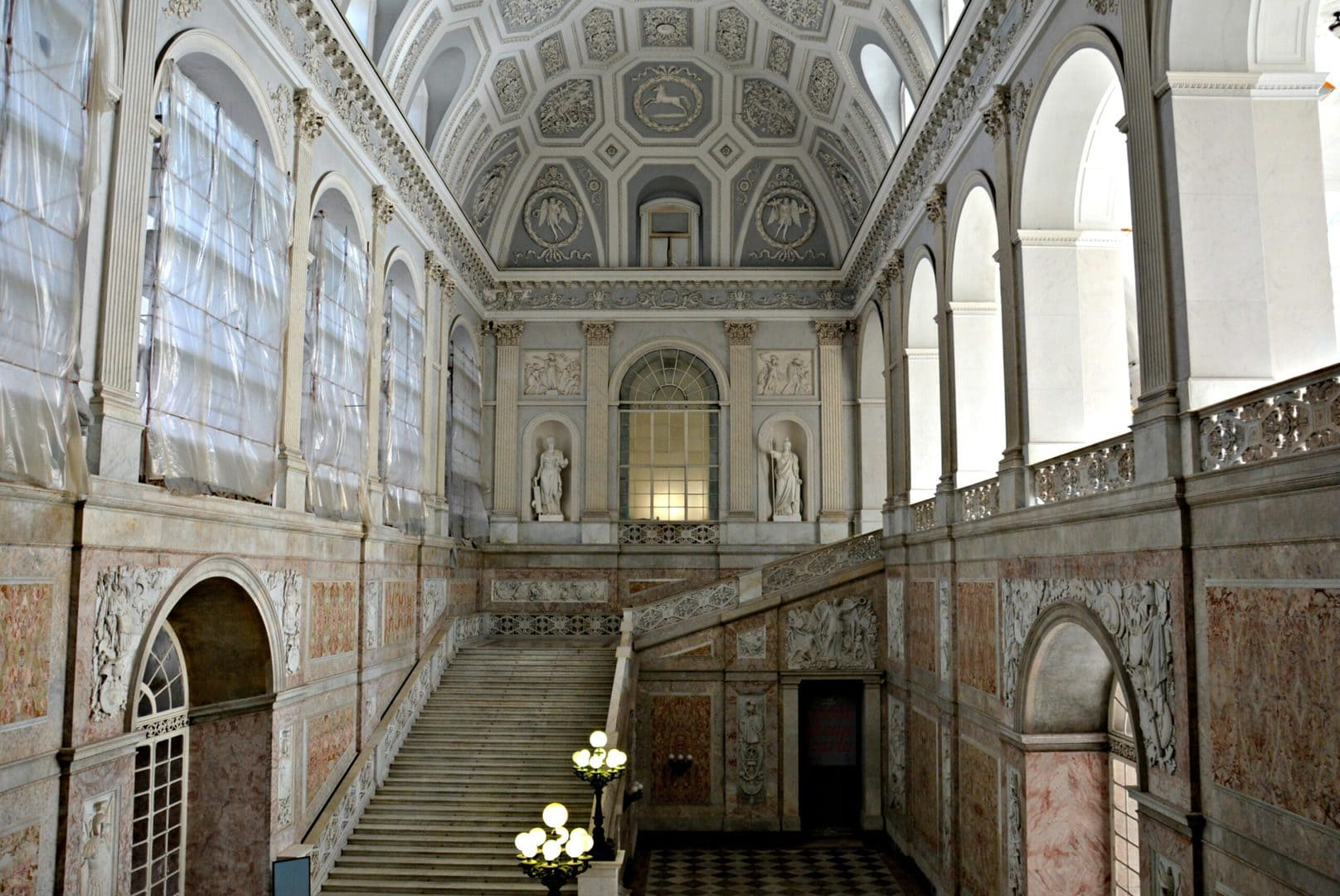 Studietur Napoli Palazzo Reale di Napoli
