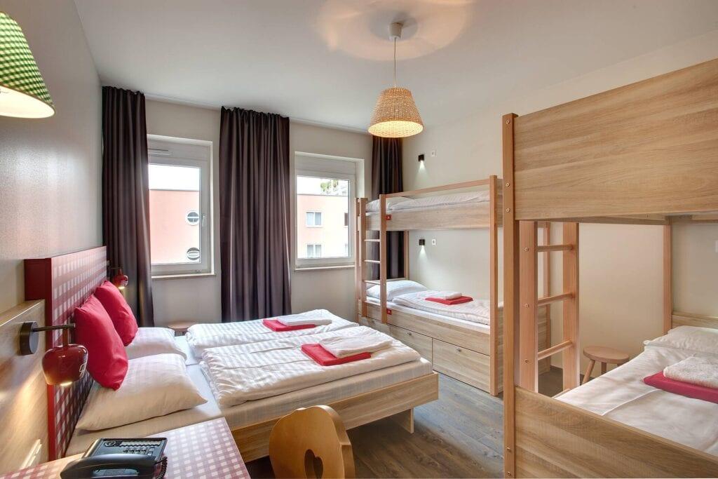 meininger-hotel-salzburg-city-center-flersengsvaerelse_studirejser_alfatravel