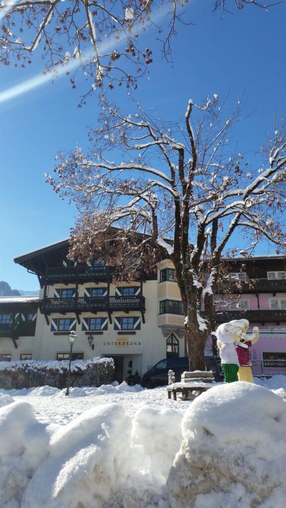 Hotel-unterbrunn-neukirchen-facade-skitur-alfa-travel